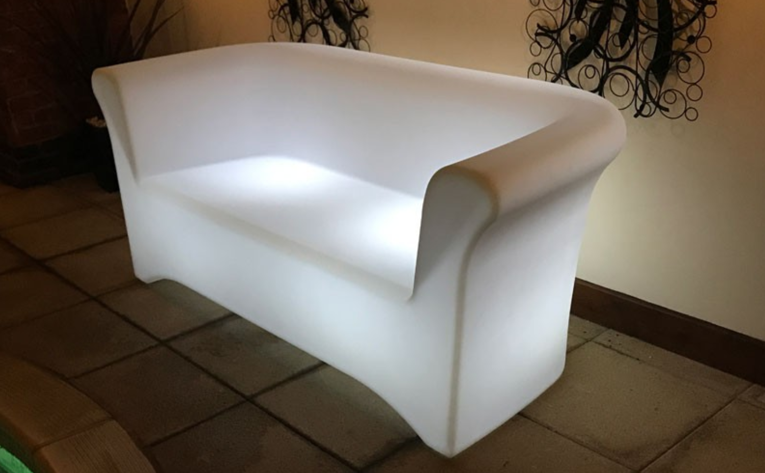 Apart From The Designs The Main Feature Of Light Up Outdoor Furniture Is Of  Course The Lights! The Beauty Of LEDu0027s Is That They Can Be Changed Into  Many ...