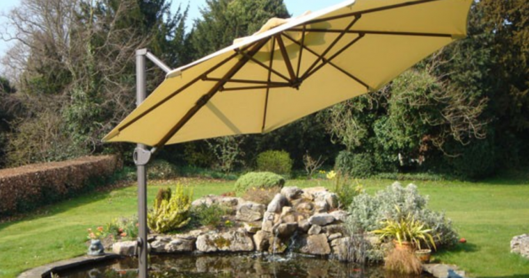 Roma Cantilever Parasol Review and Features