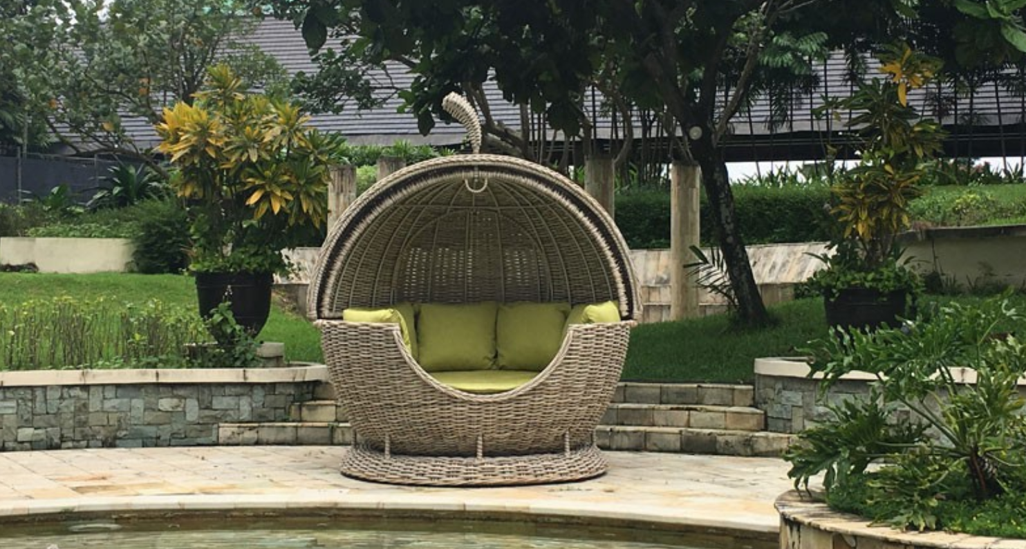 Fiji Apple Daybed