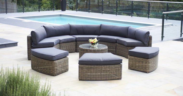 Luxury Rattan Garden Sofas from Bridgman